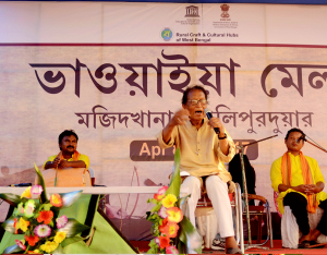 Eminent artist Sunil Das performing at Mela_2