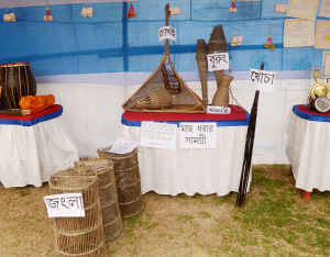 Exhibition displaying the traditional items 10