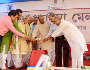 Inauguration of Bhawaiya Mela by eminent artists and officials_1