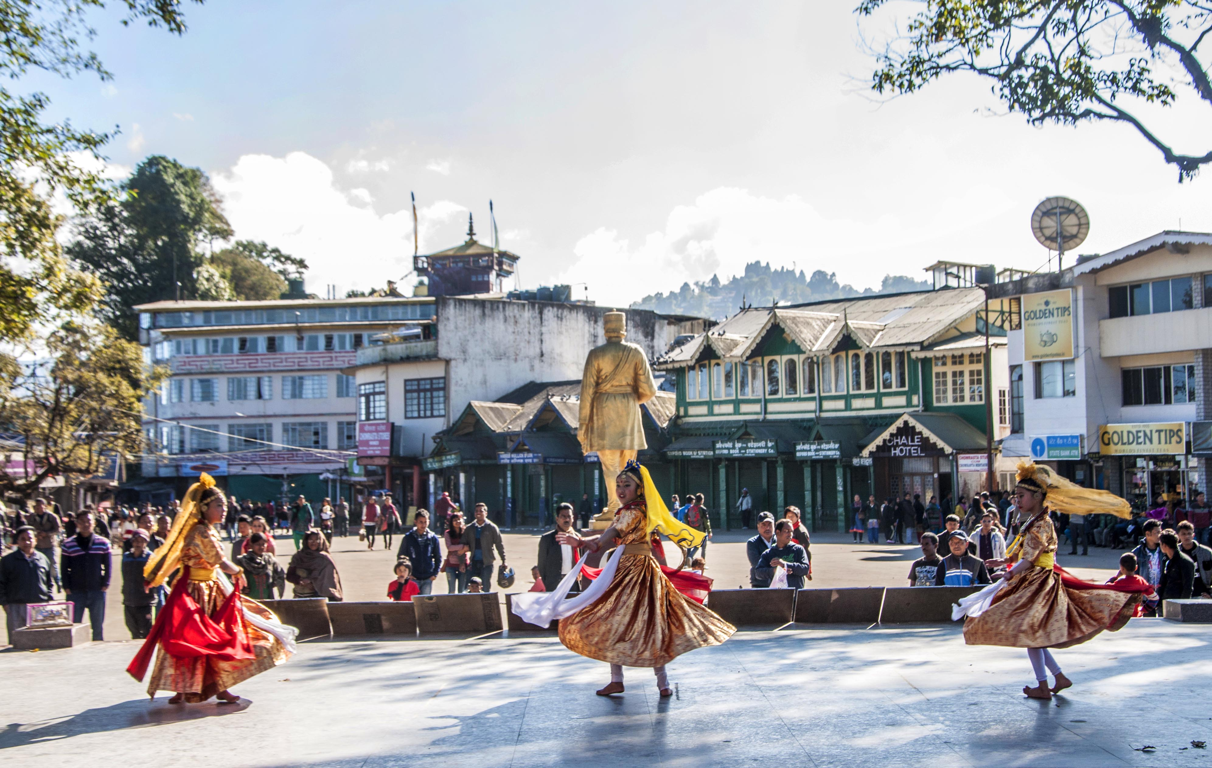 Folk dance performance at Mall, Darjeeling