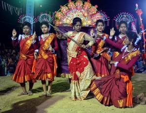 Jhumur performance during Chau Jhumur Utsav 2017