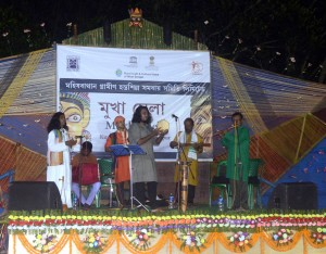 Musical performance during Mukha Mela, Kushmandi